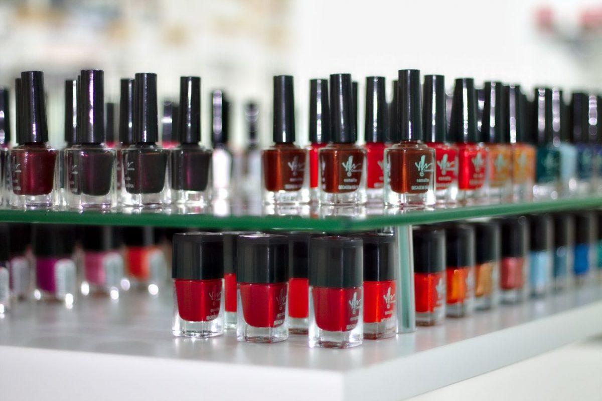 Kleur nagellak kiezen, waar op letten