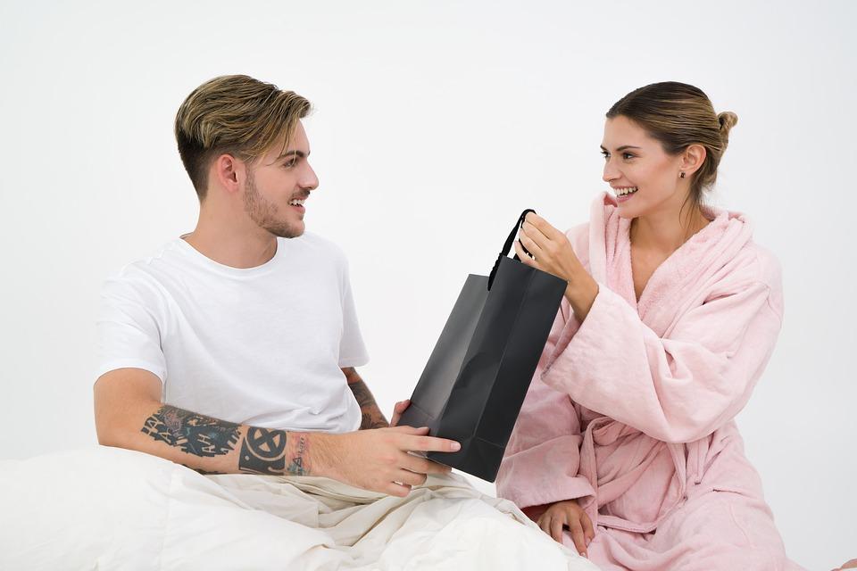 Wat zijn leuke cadeaus om te geven aan je vriend?